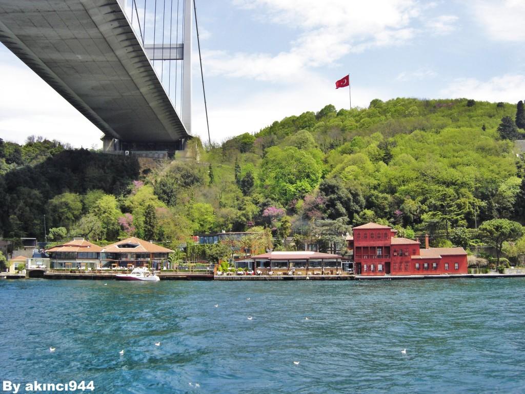 İstanbul Boğaziçi Turu Hekimbaşı Yalısı