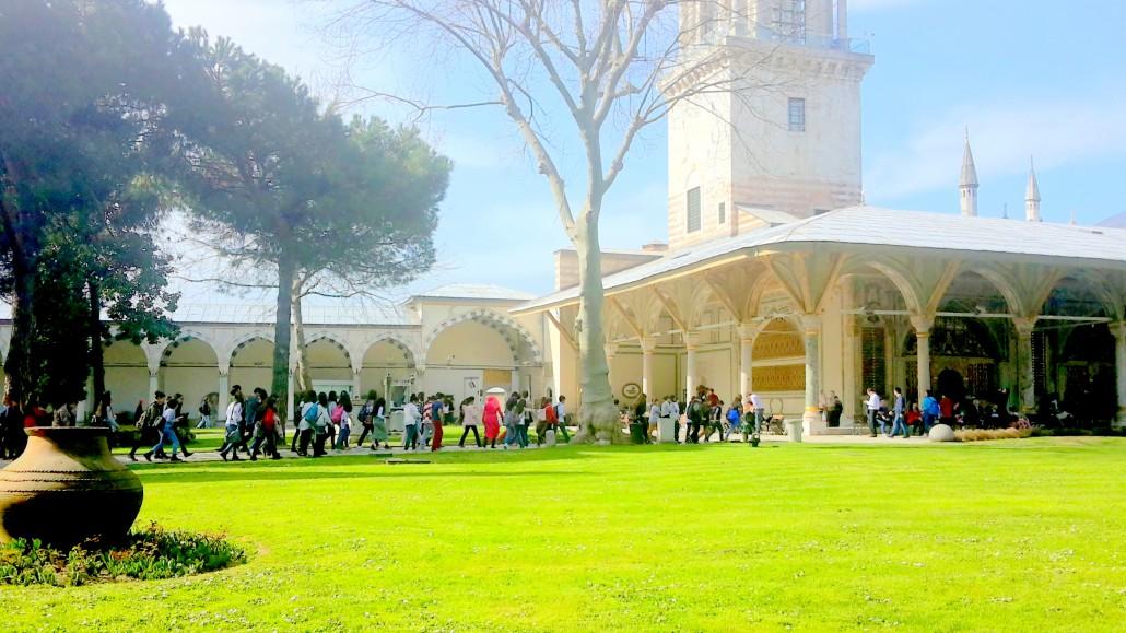İstanbul Topkapı Sarayı Divan Meydanı