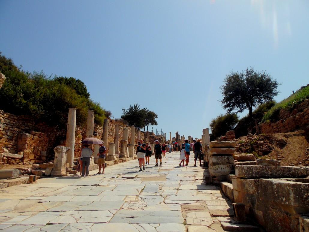 Efes Antik Kenti Kuretler Caddesi