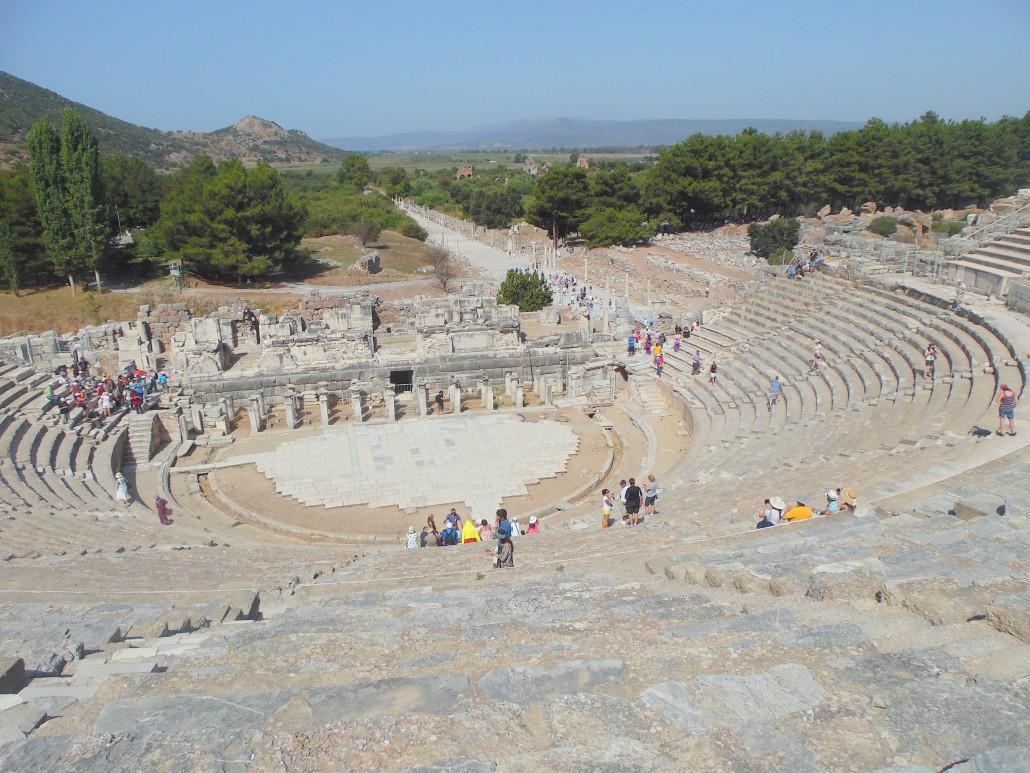 Efes Antik Tiyatrosu Liman Havza çizgisi