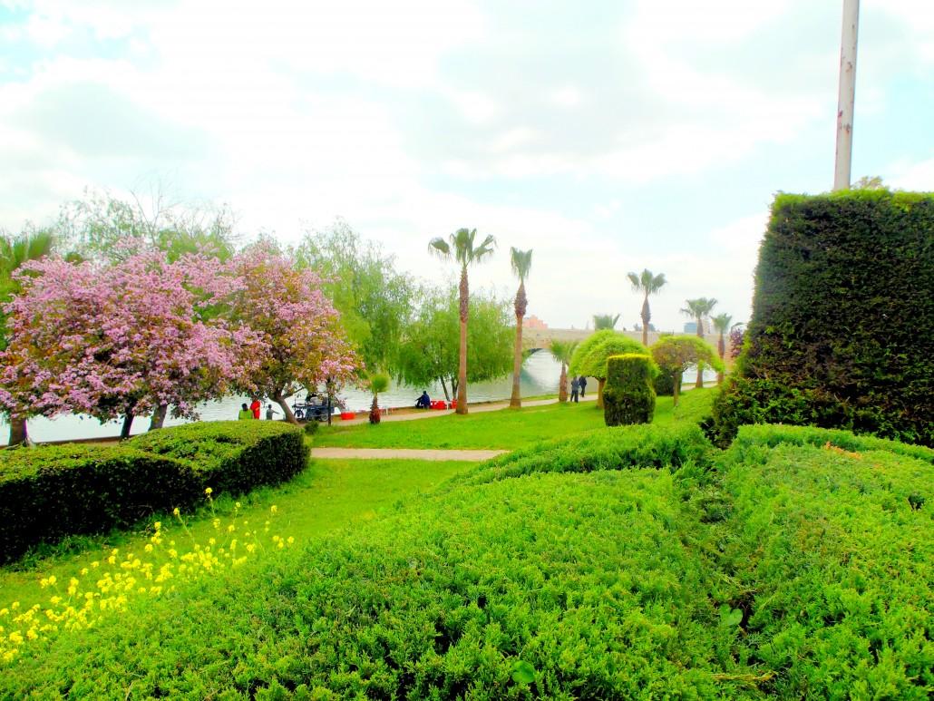 Adana Seyhan Nehri kıyıları
