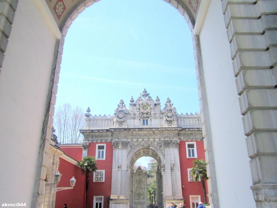 Dolmabahçe Sarayı Hazine Kapısı