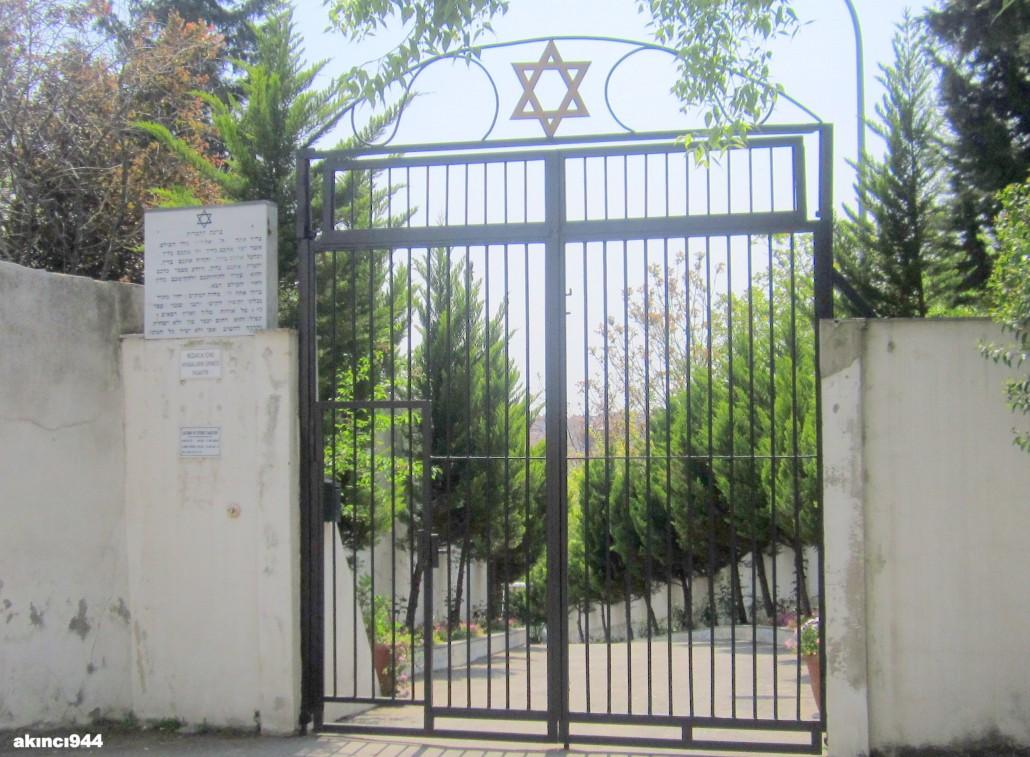 Nakkaştepe Musevi Mezarlığı