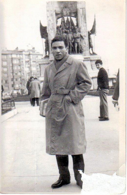 Beyoğlu Taksim Anıtı 1961