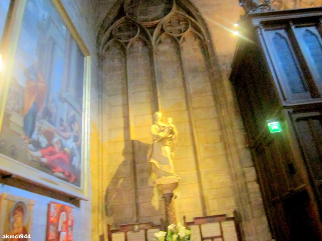 Notre-Dame Katedrali
