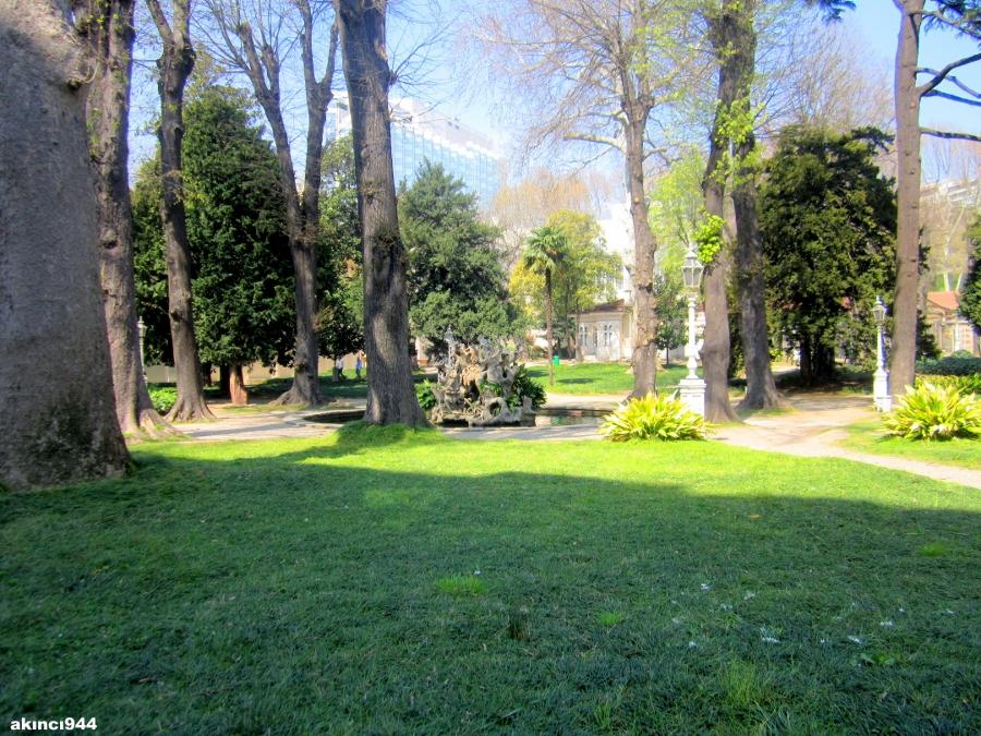 Dolmabahçe Sarayı Bahçeleri (93)