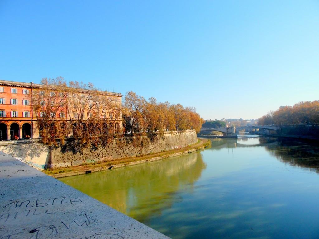 Tiber Nehri Trastevere Roma
